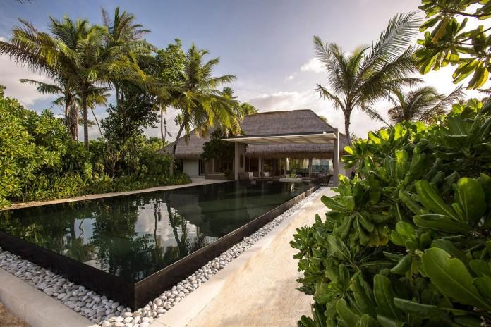 Cheval-Blanc-Randheli-Hotel-in-the-Maldives-02