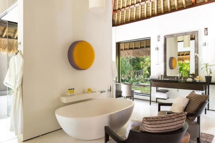 Cheval-Blanc-Randheli-Hotel-in-the-Maldives-18