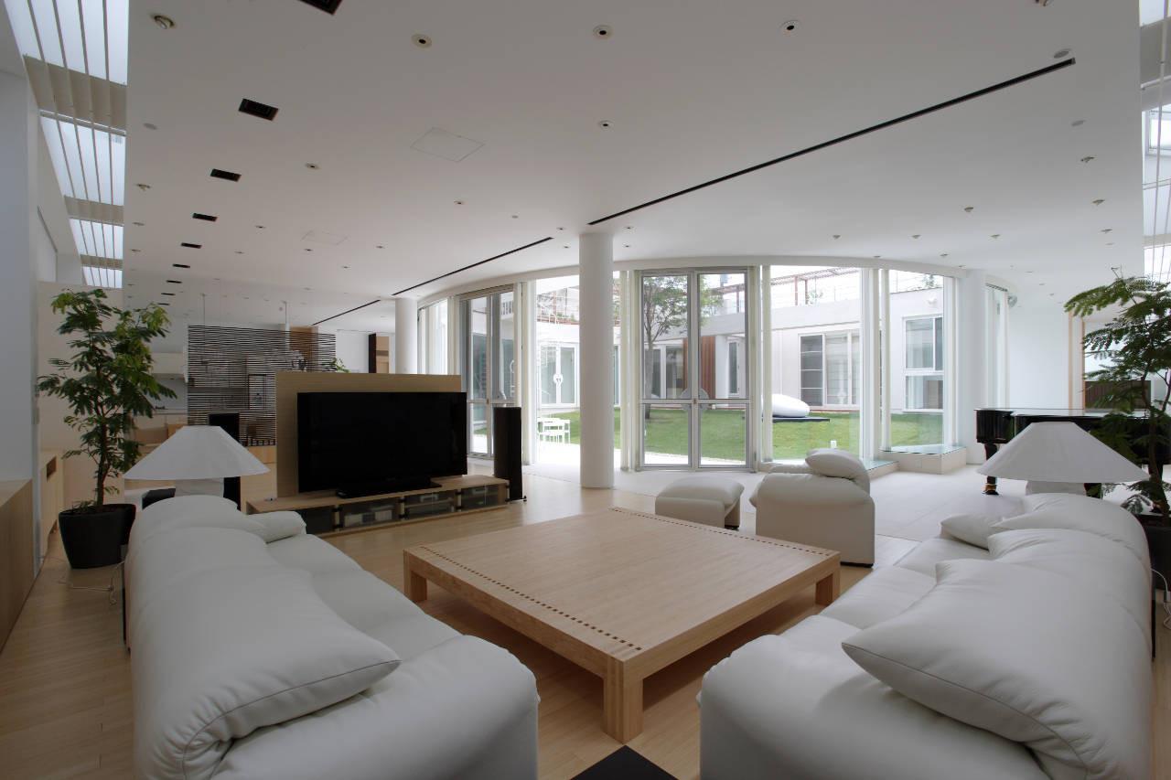 House Like a Museum by Edward Suzuki Associates-05