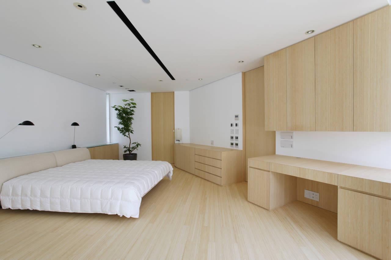 House Like a Museum by Edward Suzuki Associates-15