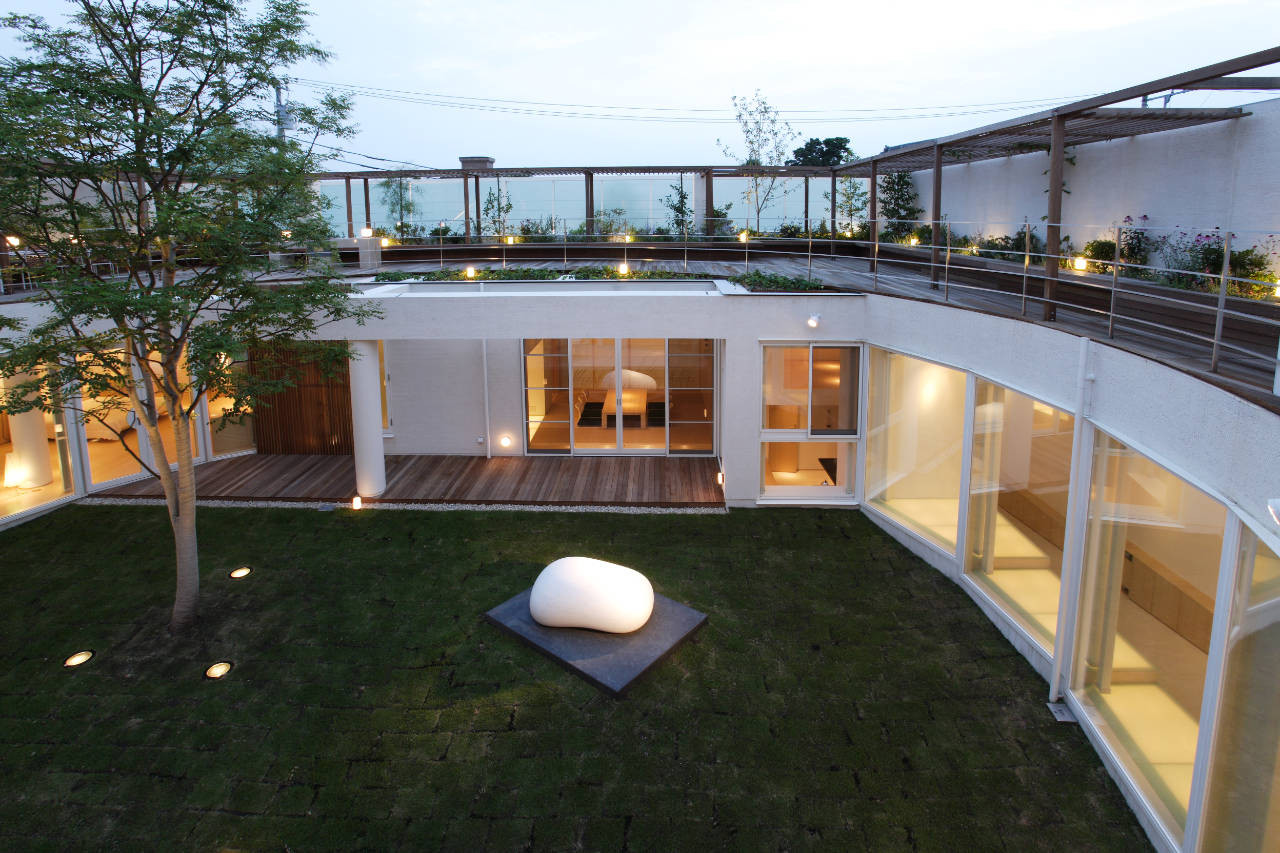 House Like a Museum by Edward Suzuki Associates-19