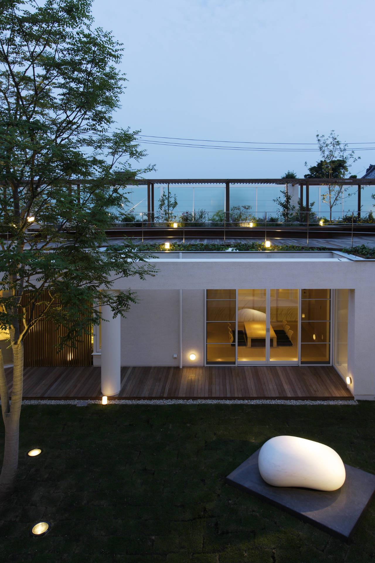 House Like a Museum by Edward Suzuki Associates-20