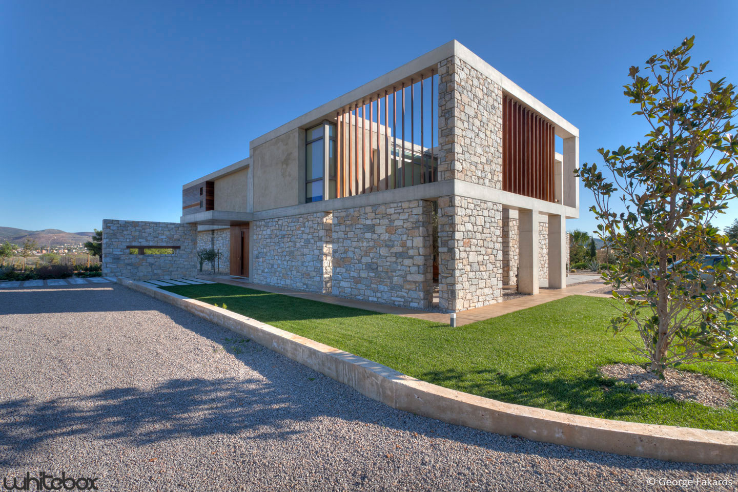 Stone House by Whitebox Architects-02