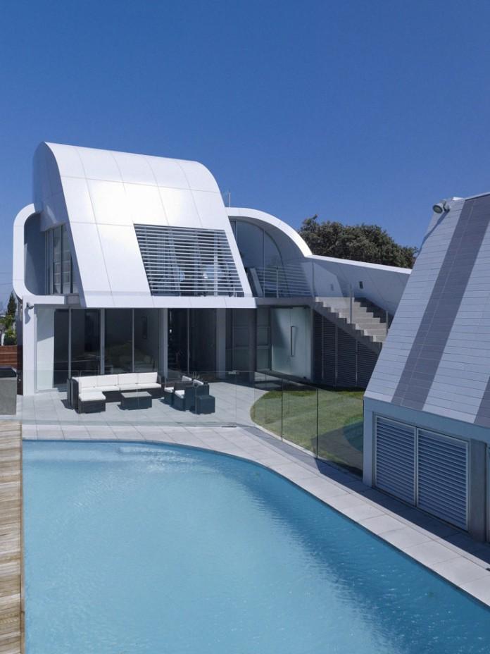 Moebius House by Tony Owen Partners-04