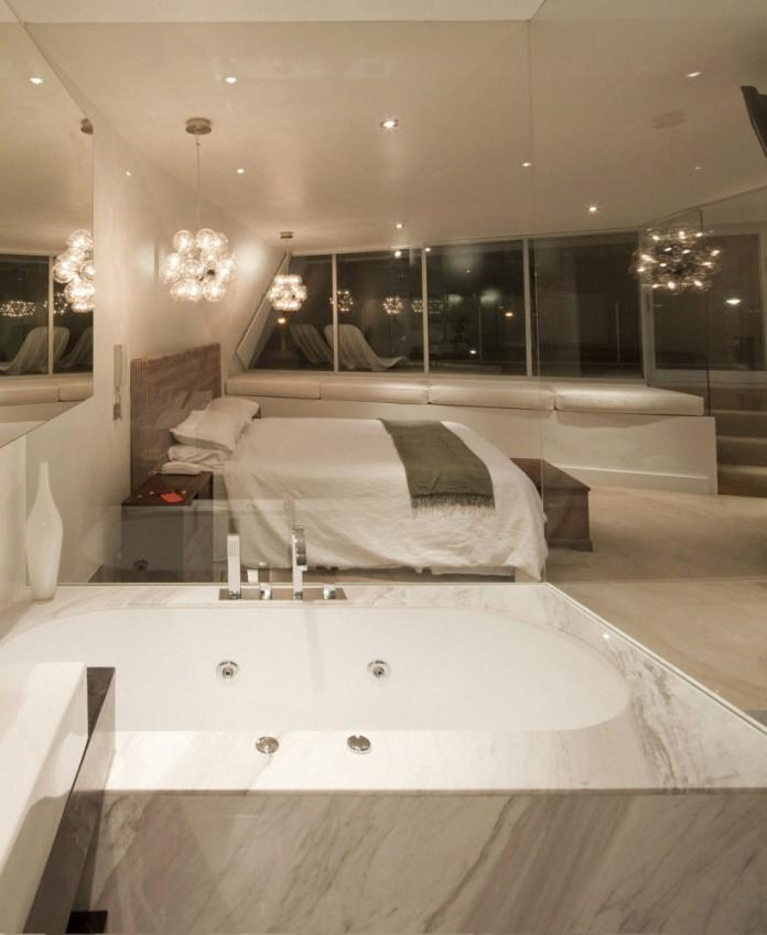 Moebius House by Tony Owen Partners-15