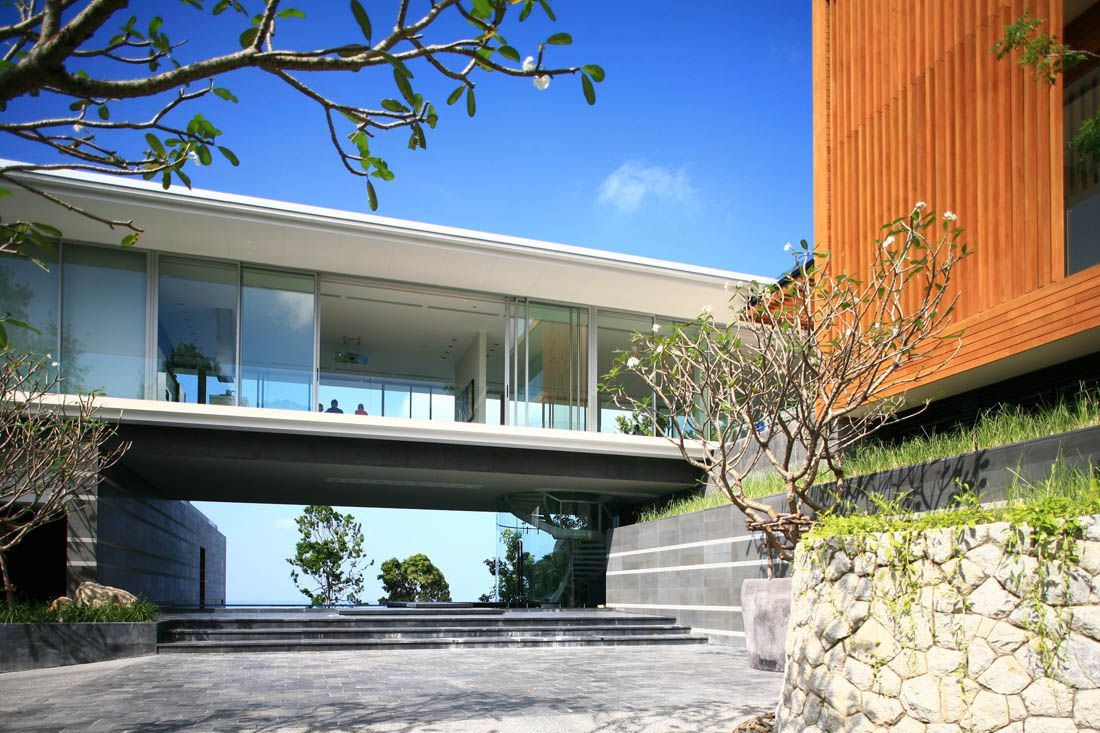 Villa Mayavee in Phucket by Tierra Design