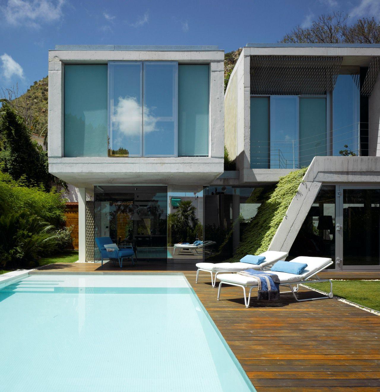 The garden house in alicante spain by joaqu n alvado ba n for Casa y jardin tienda madrid