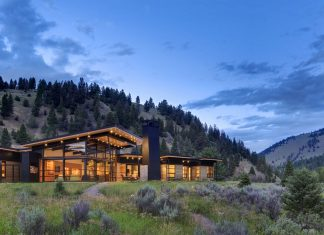 River Bank by Balance Associates Architects