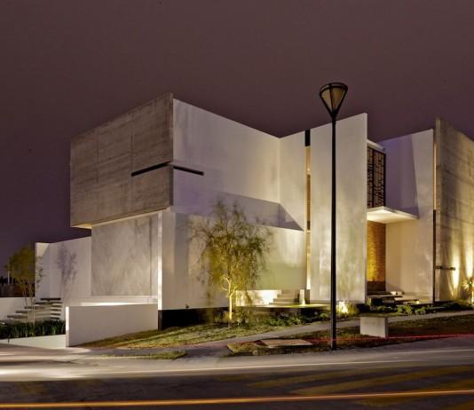 X House by Agraz Arquitectos