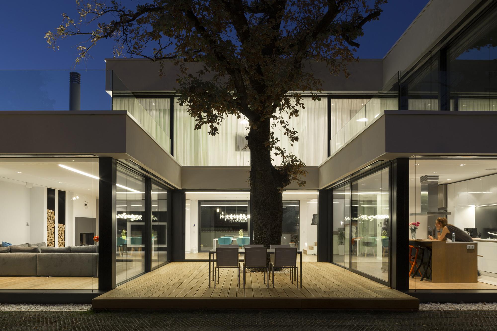 2-oaks-house-obia_obia_2oaks_image_02_georgi_ivanov