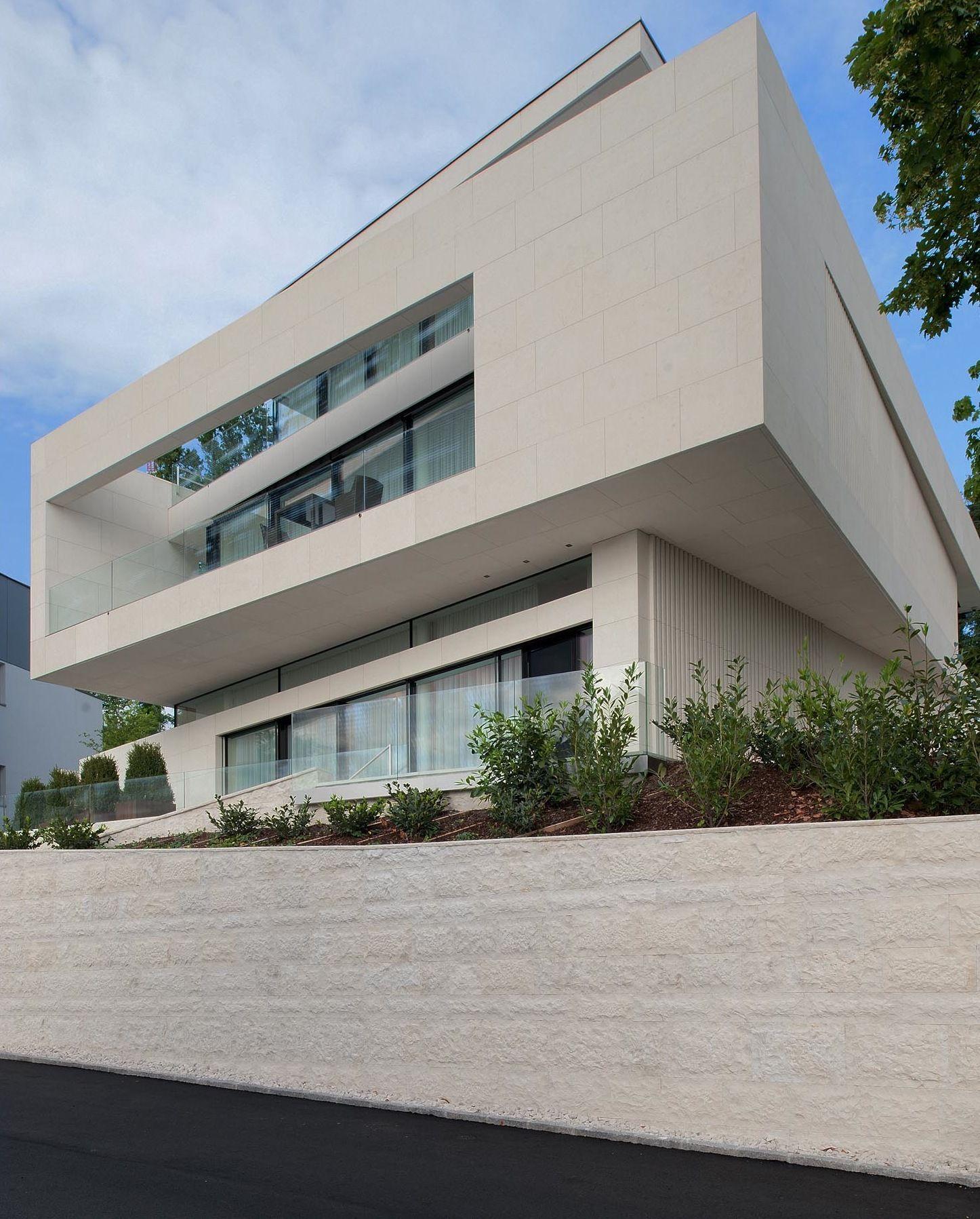 51926222b3fc4b53ed000059_villa-upper-austria-two-in-a-box-architekten_villa_upper_austria_-_02_-_two_in_a_box_-_architekten
