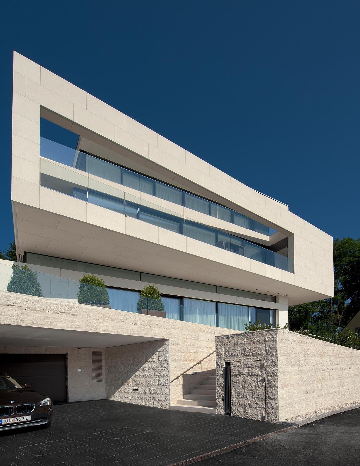 5192622ab3fc4b53ed00005b_villa-upper-austria-two-in-a-box-architekten_villa_upper_austria_-_02a_-_two_in_a_box_-_architekten