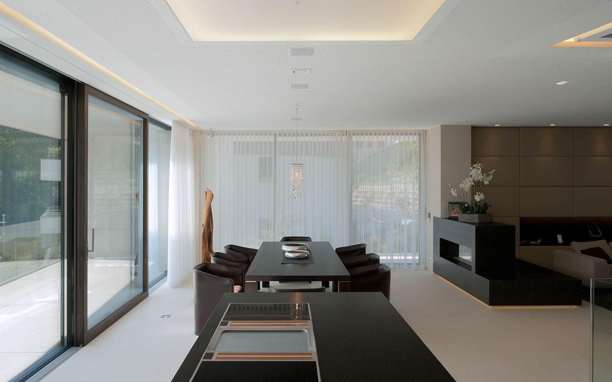 51926238b3fc4b53ed00005d_villa-upper-austria-two-in-a-box-architekten_villa_upper_austria_-_04_-_two_in_a_box_-_architekten