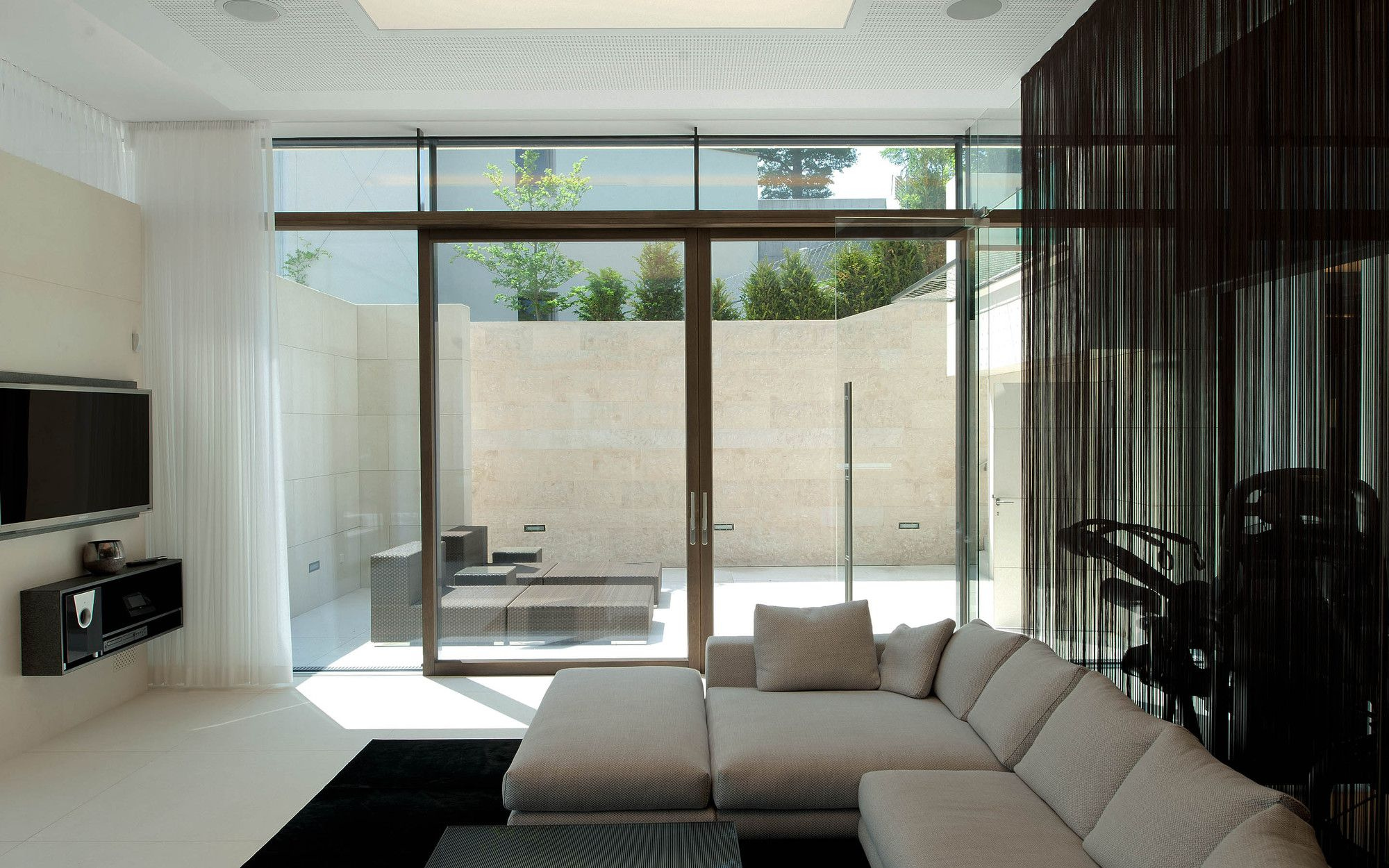 51926242b3fc4b53ed00005e_villa-upper-austria-two-in-a-box-architekten_villa_upper_austria_-_05_-_two_in_a_box_-_architekten