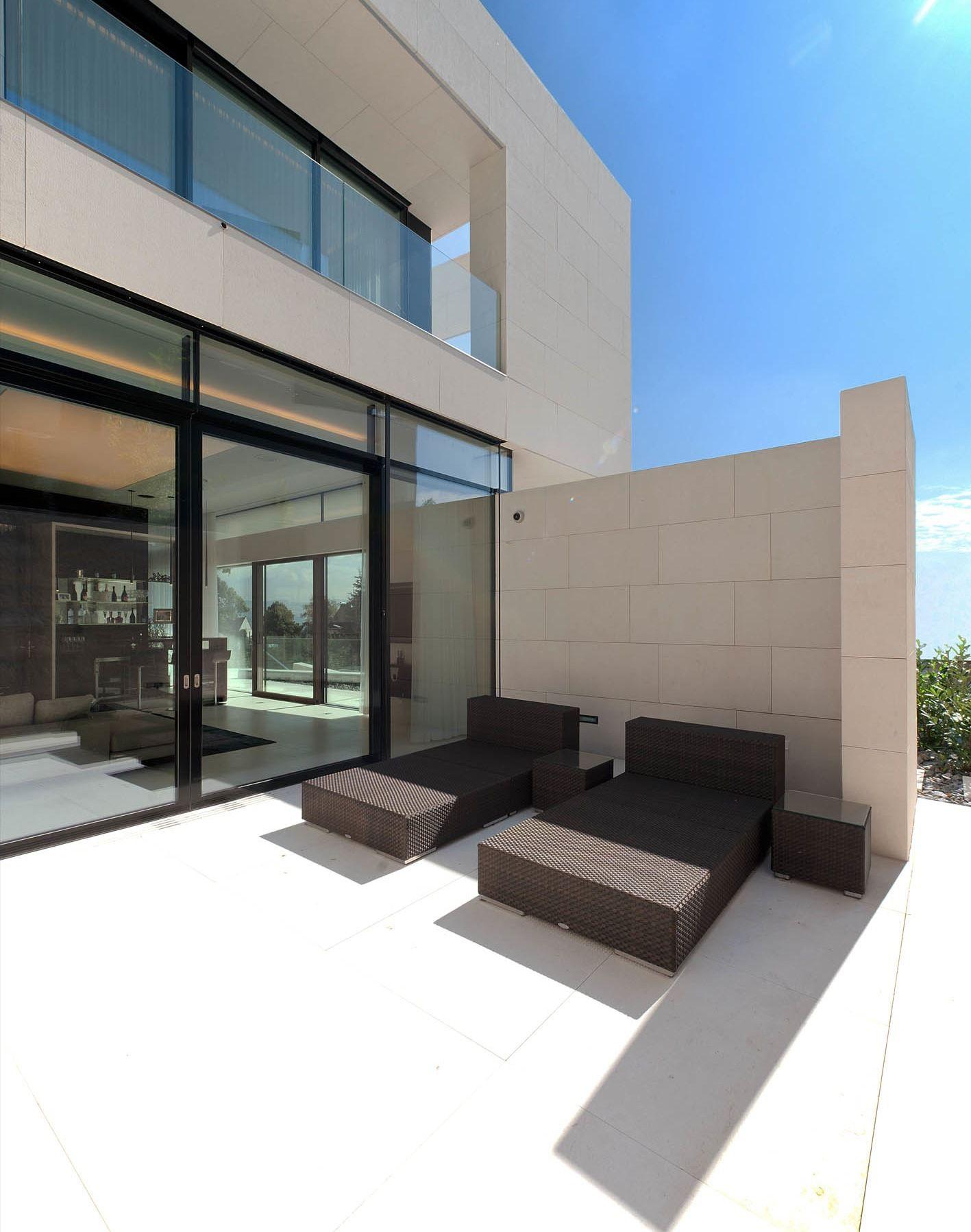 51926244b3fc4b8df0000066_villa-upper-austria-two-in-a-box-architekten_villa_upper_austria_-_06_-_two_in_a_box_-_architekten