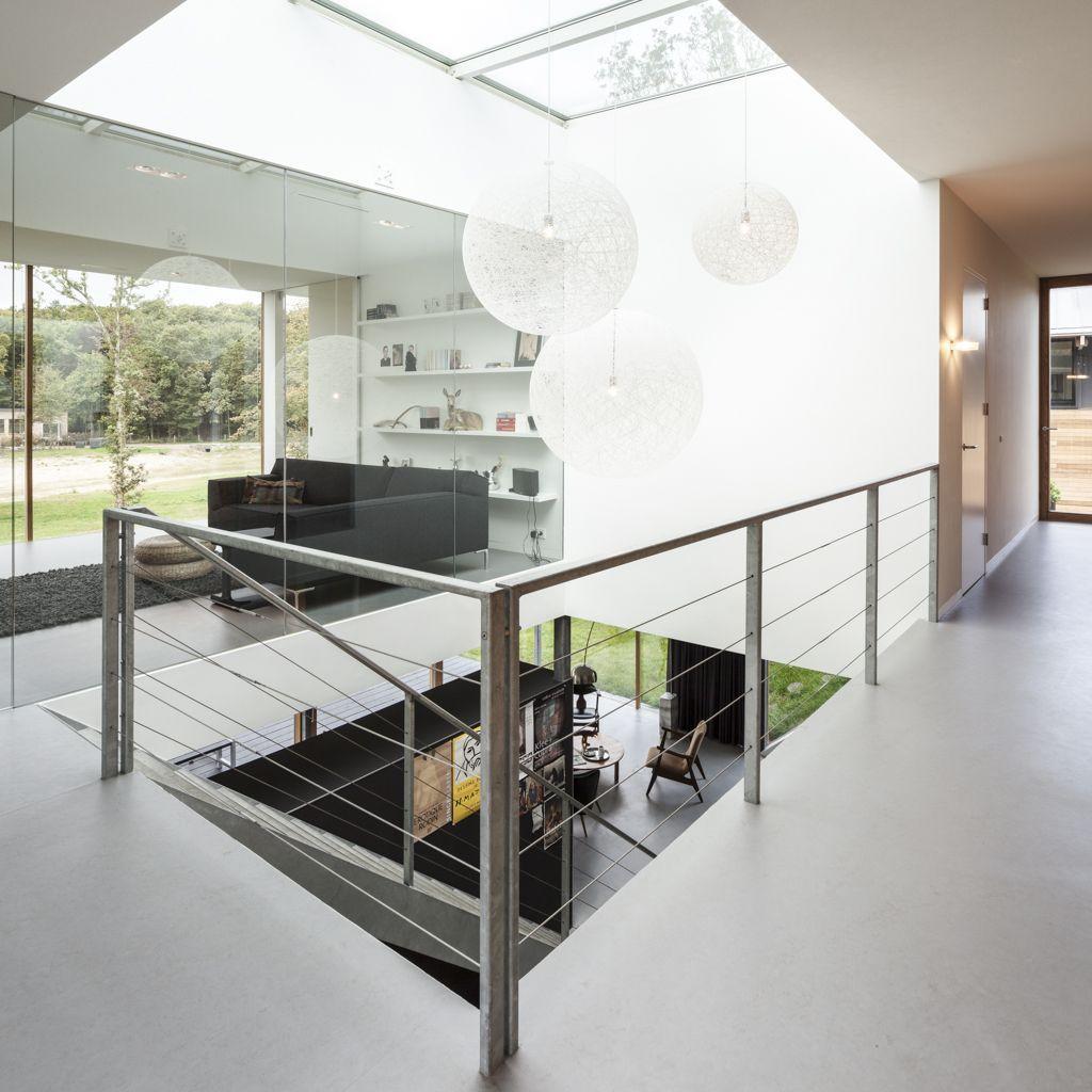 519457c8b3fc4bd675000109_villa-v-paul-de-ruiter-architects_pdr080