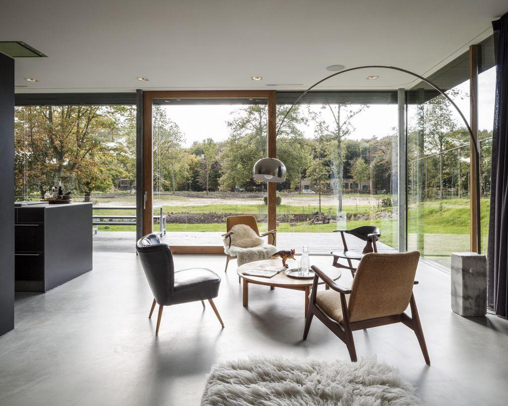 5194580cb3fc4bc96a000185_villa-v-paul-de-ruiter-architects_pdr687