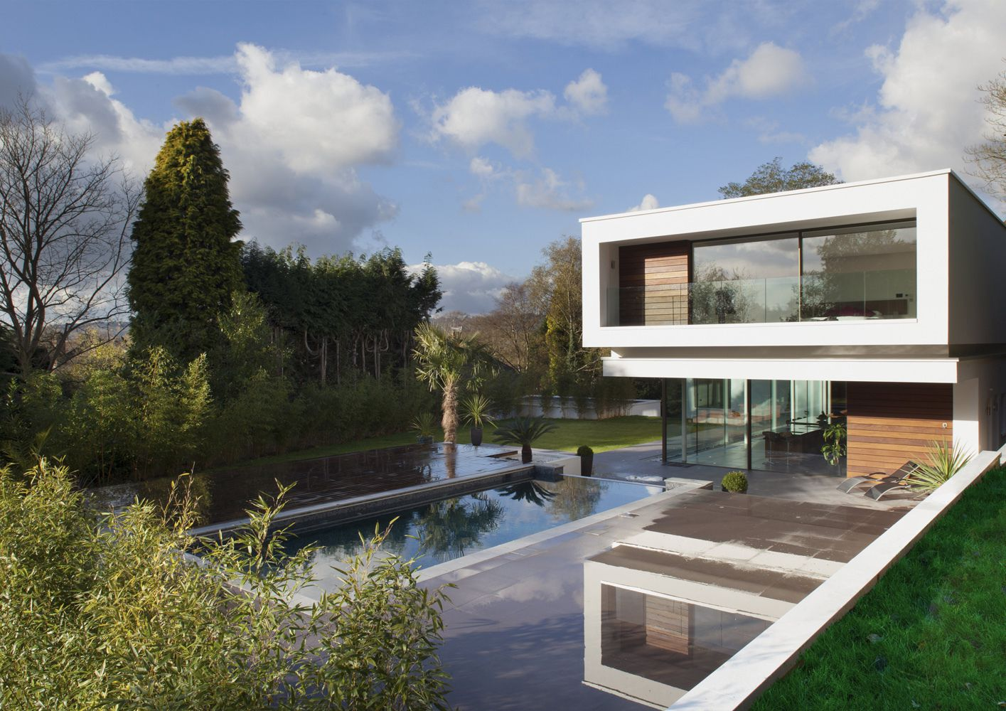 51b9e6efb3fc4bd12a000007_white-lodge-dyergrimes-architects_wl01logan