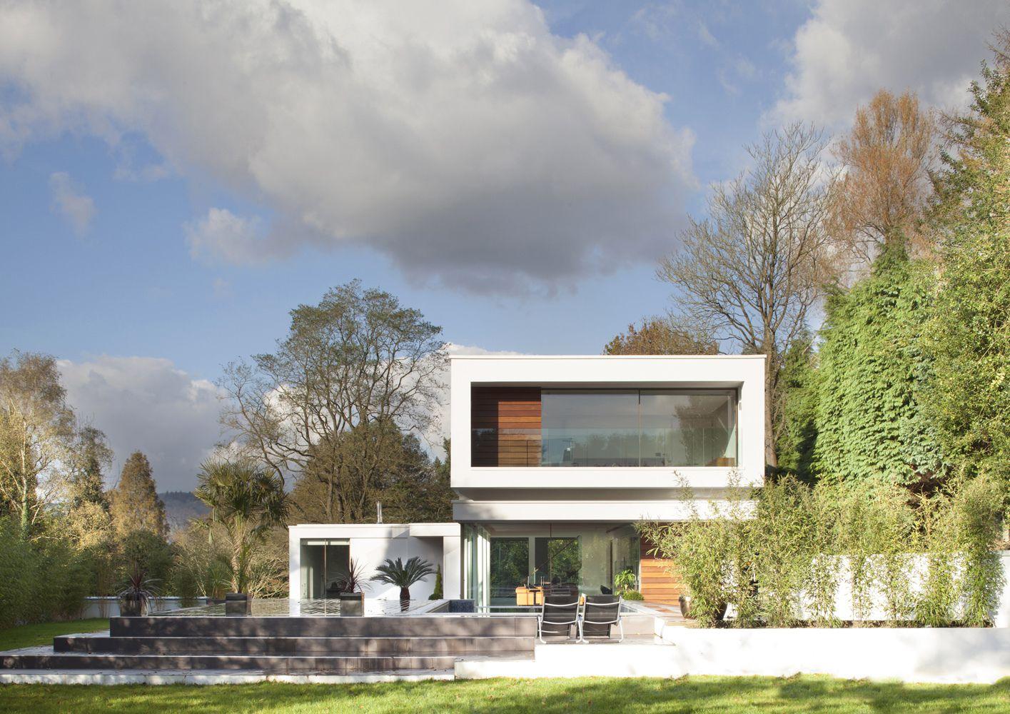 51b9e6f0b3fc4b430e000007_white-lodge-dyergrimes-architects_wl02logan