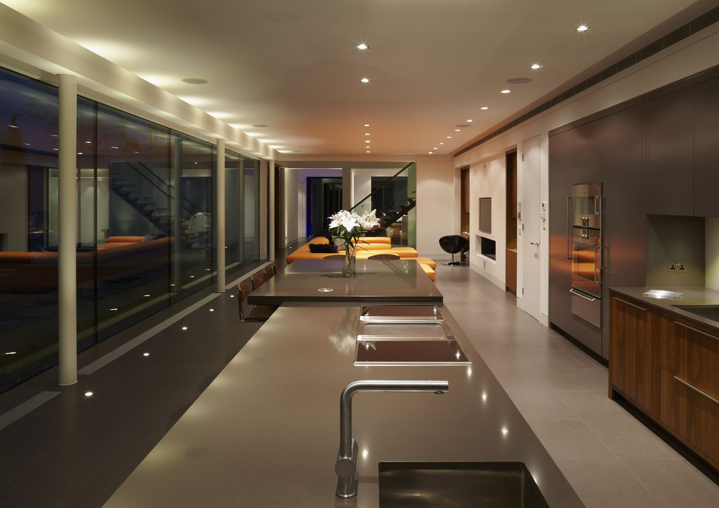 51b9e76cb3fc4bd12a00000e_white-lodge-dyergrimes-architects_wl12logan
