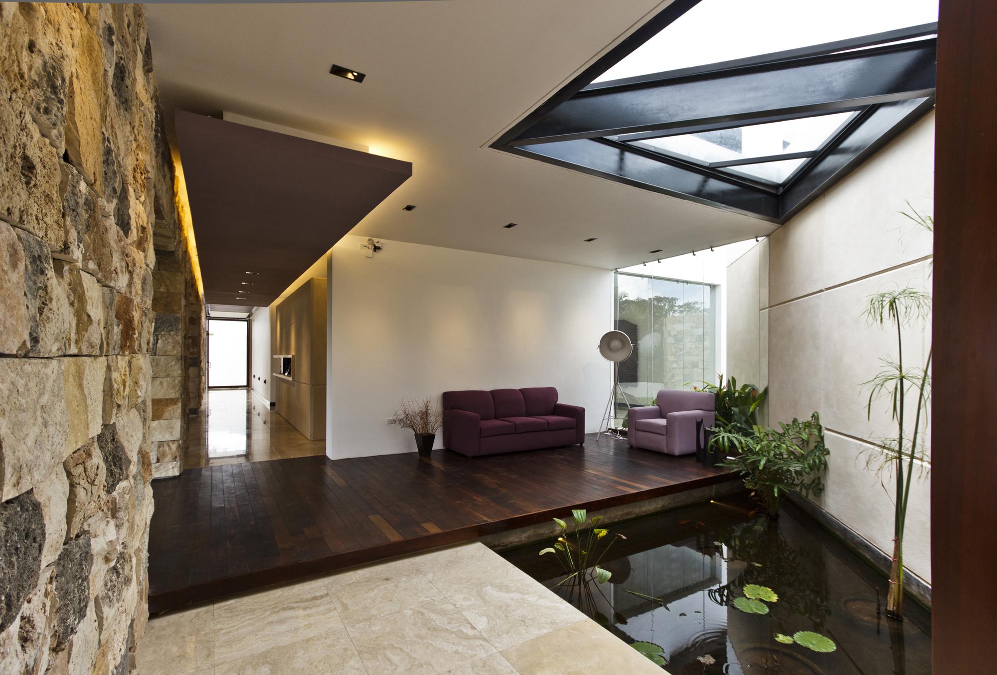 5305f435e8e44e2ac3000009_temozon-house-carrillo-arquitectos-y-asociados_temozon_foto_11