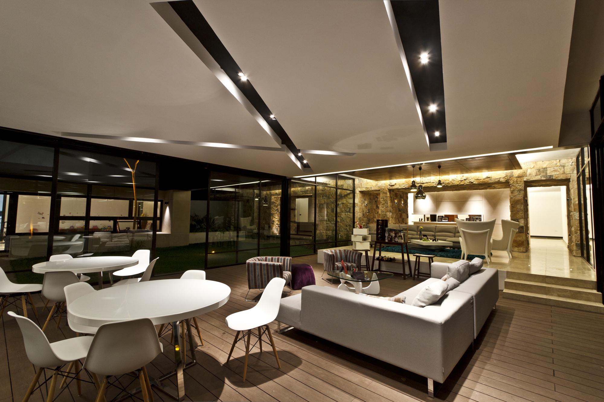 5305f468e8e44ed91b000006_temozon-house-carrillo-arquitectos-y-asociados_temozon_foto_15