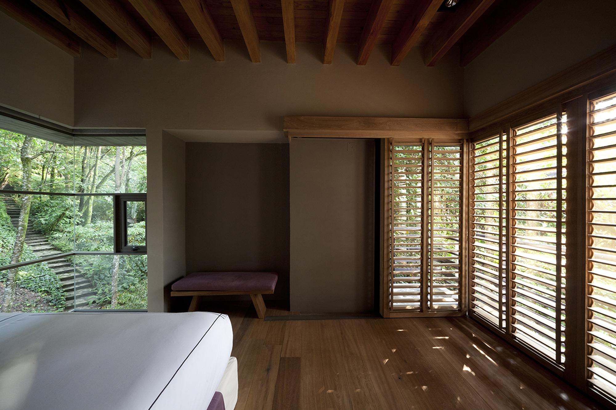 530eb7b5c07a802c76000127_house-maza-chk-arquitectura_2014_02_18_mz_fotos_yoshihiro_2280px_ancho_-21-