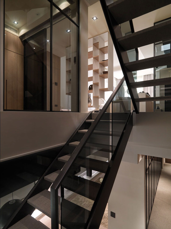 A-Multilevel-Contemporary-Apartment-08
