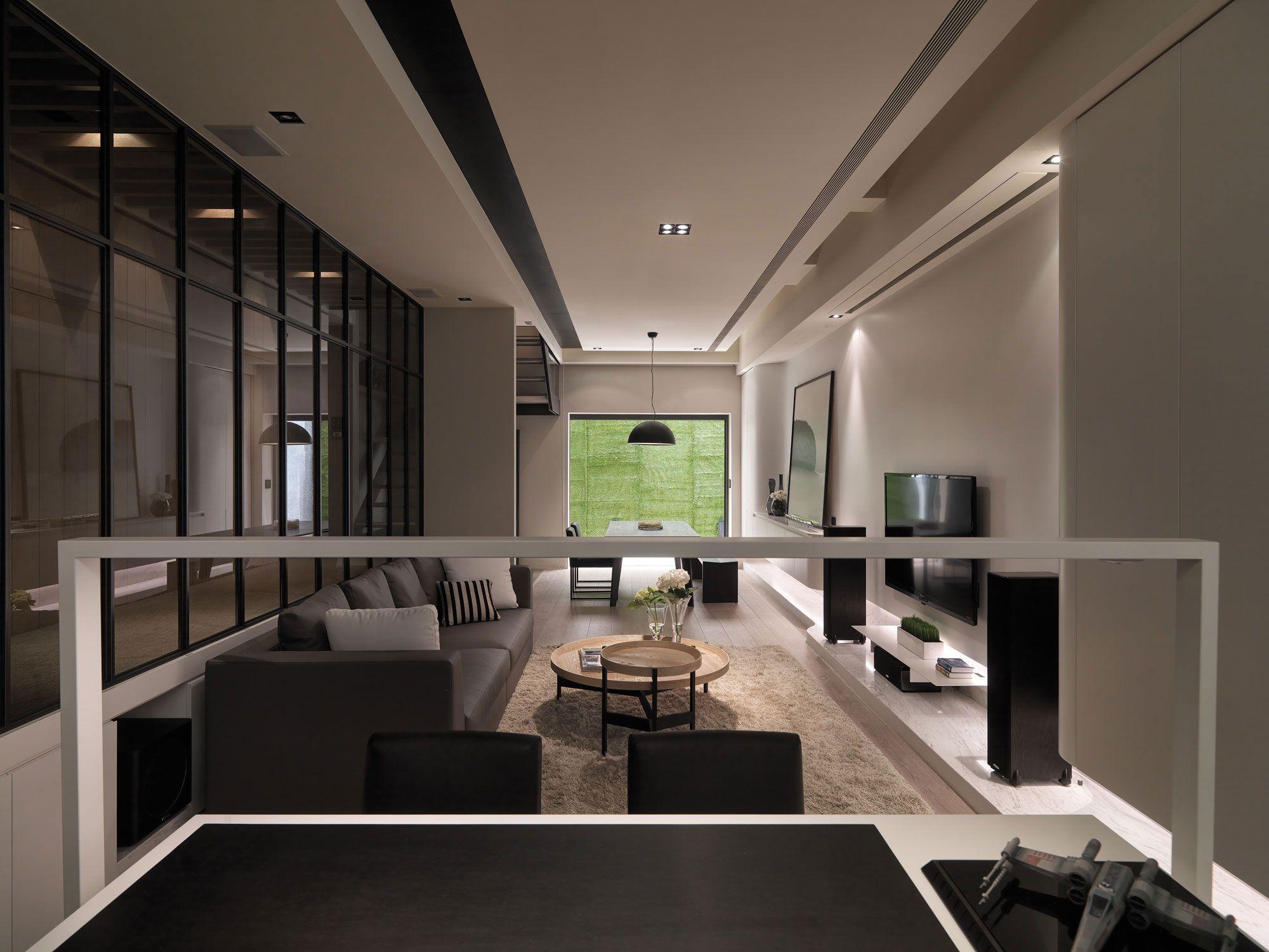 A-Multilevel-Contemporary-Apartment-14