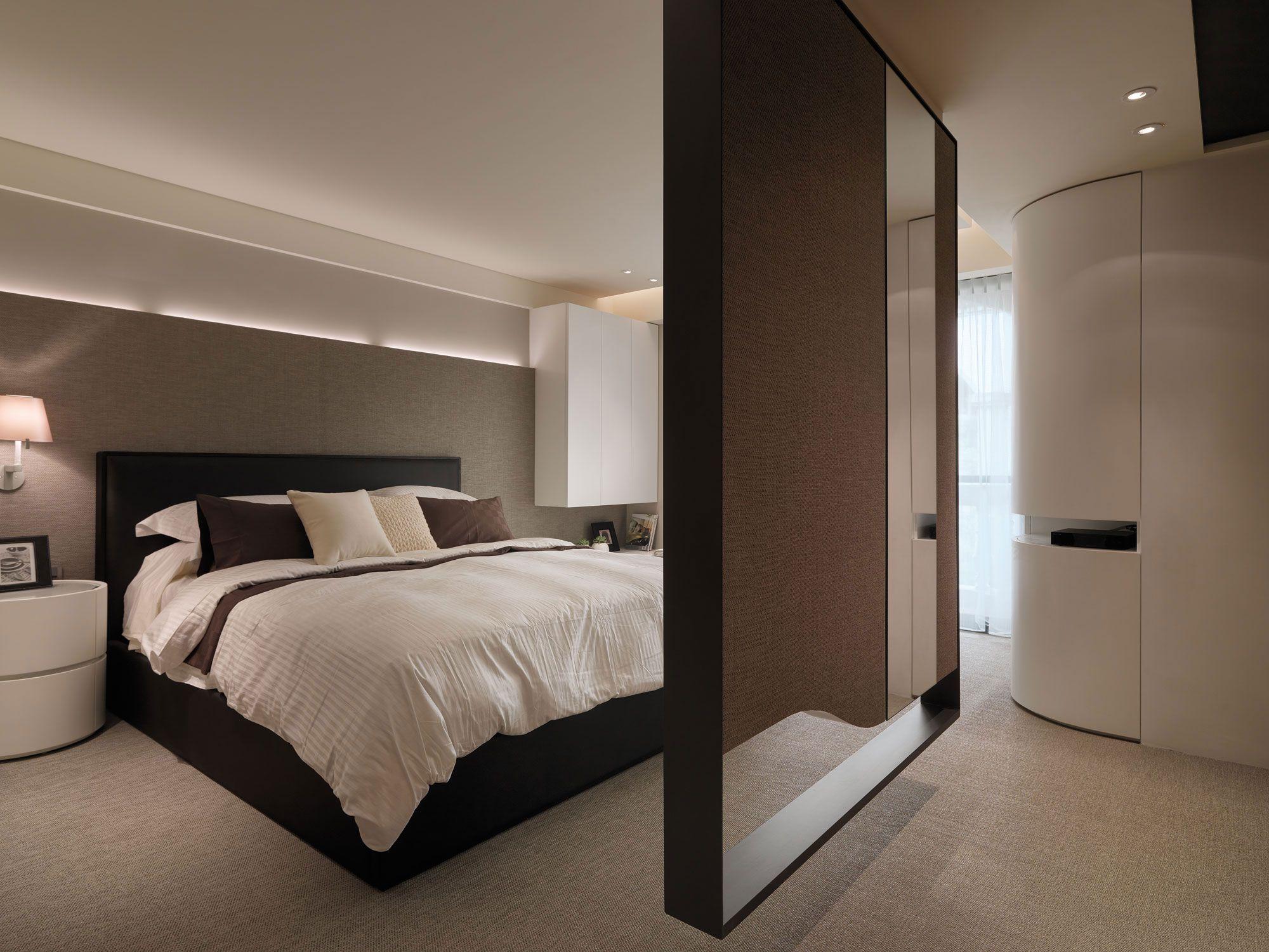 A-Multilevel-Contemporary-Apartment-19