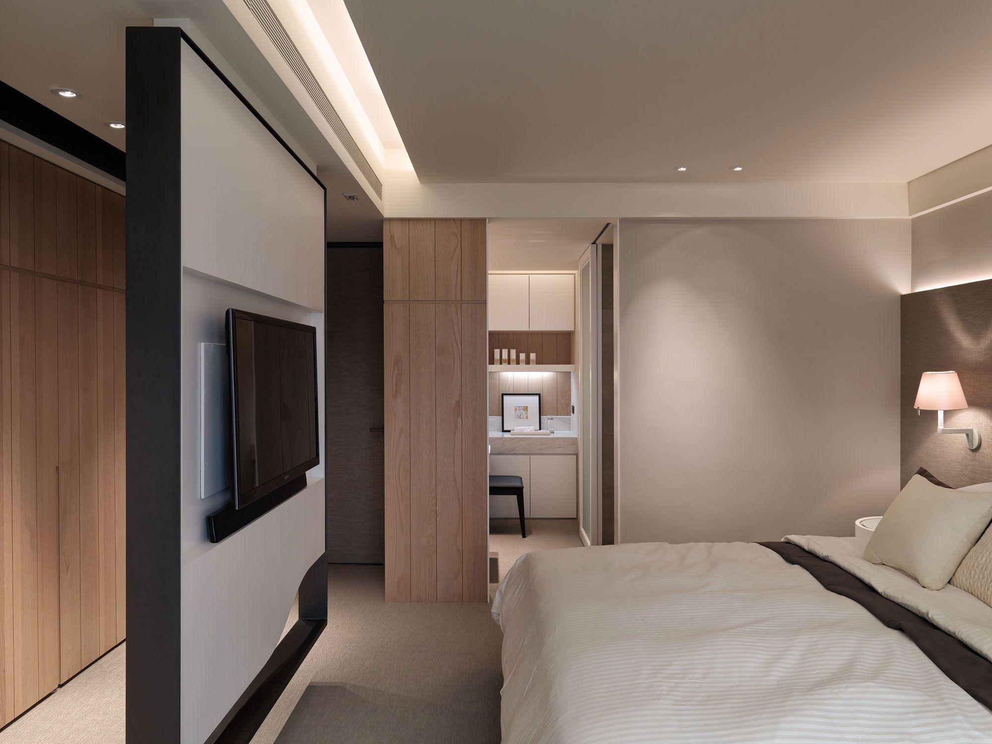 A-Multilevel-Contemporary-Apartment-20