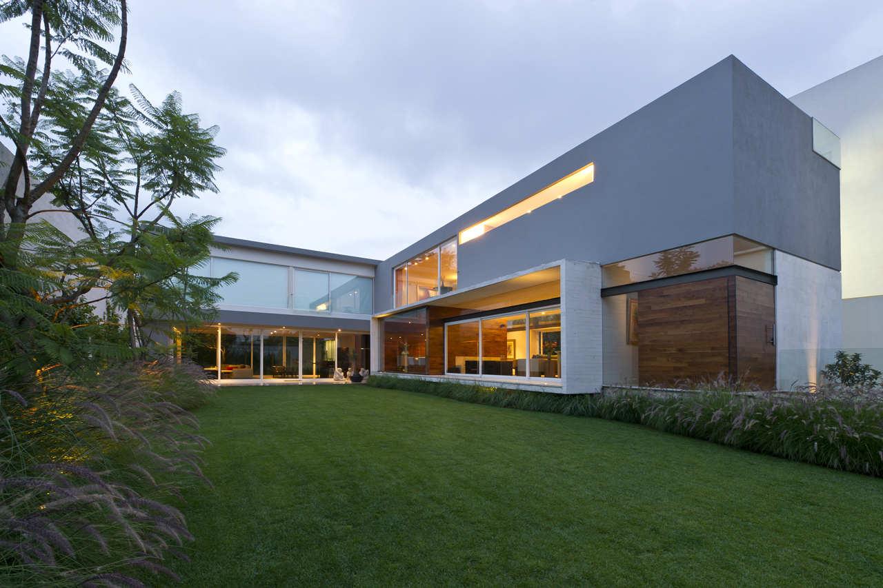 AE-House-01