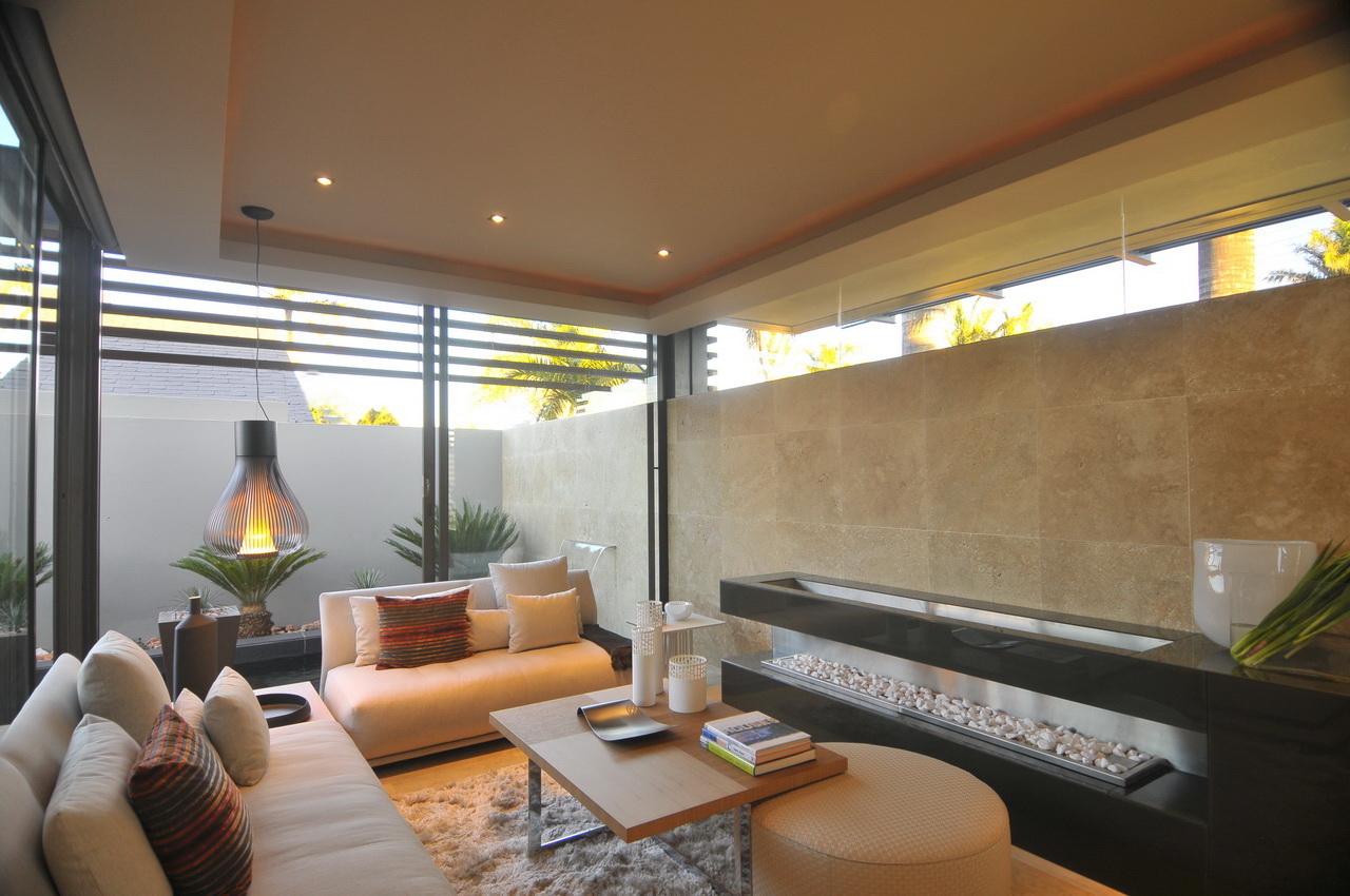 Abo villa by Werner van der Meulen for Nico van der Meulen Architects_10