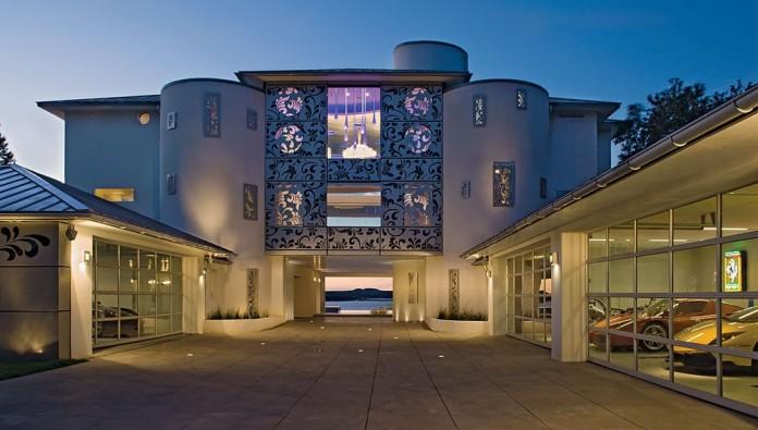 Acquavilla Residence by Winn Wittman Architecture