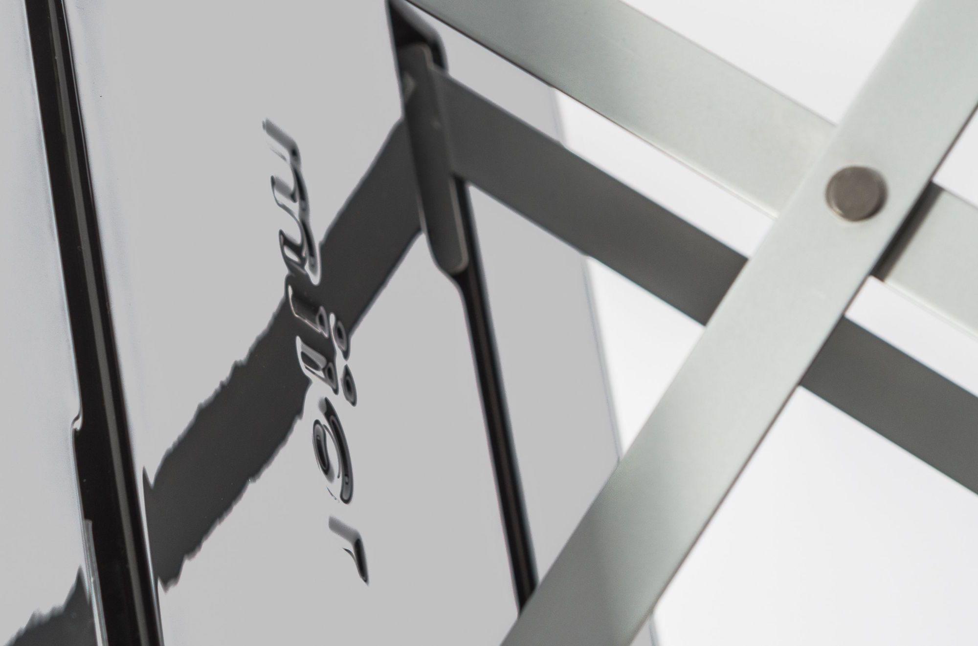 Al_back_closeup1