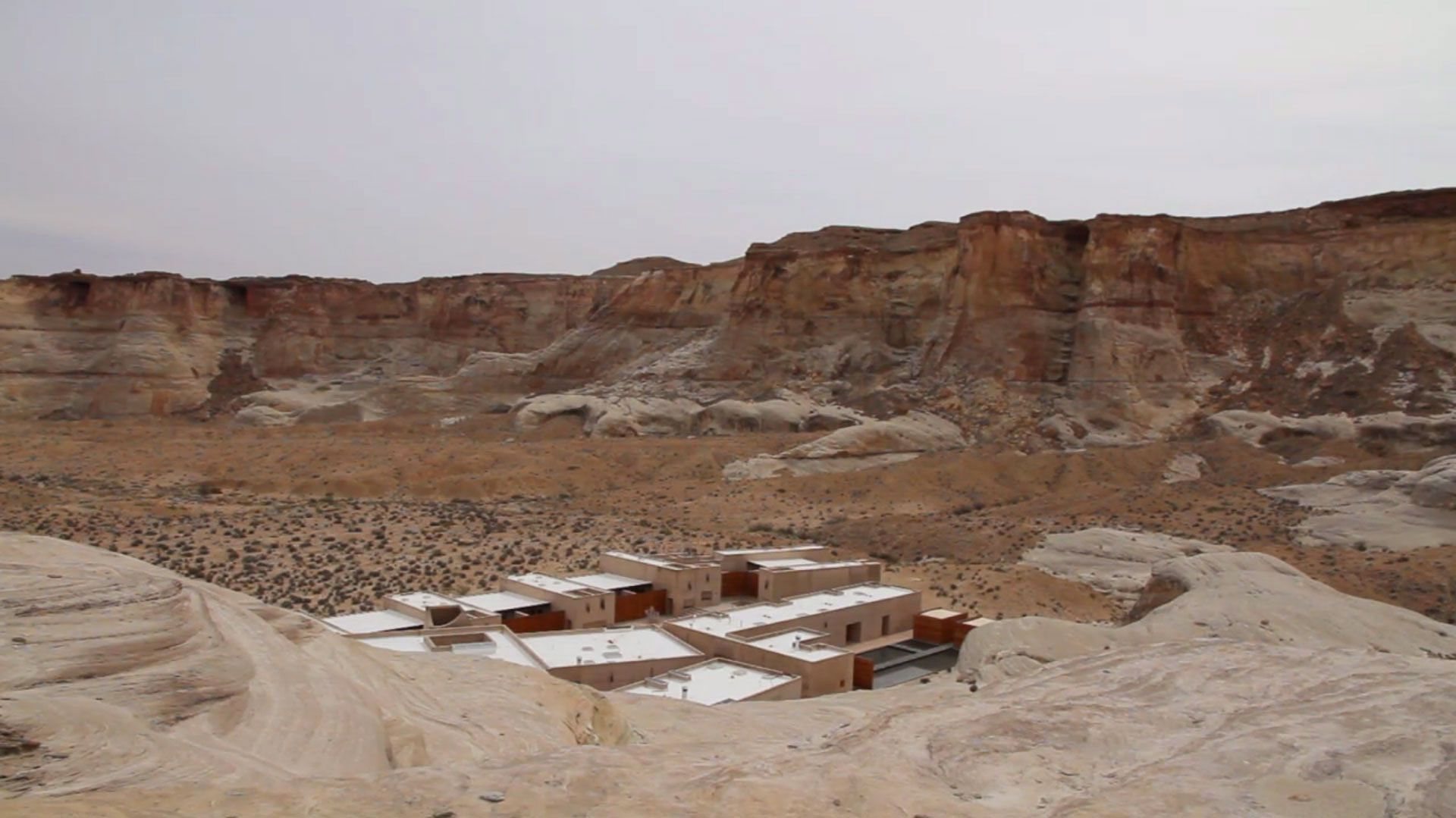 Amangiri-Luxury-Resort-Hotel-in-Canyon-Point-01-3