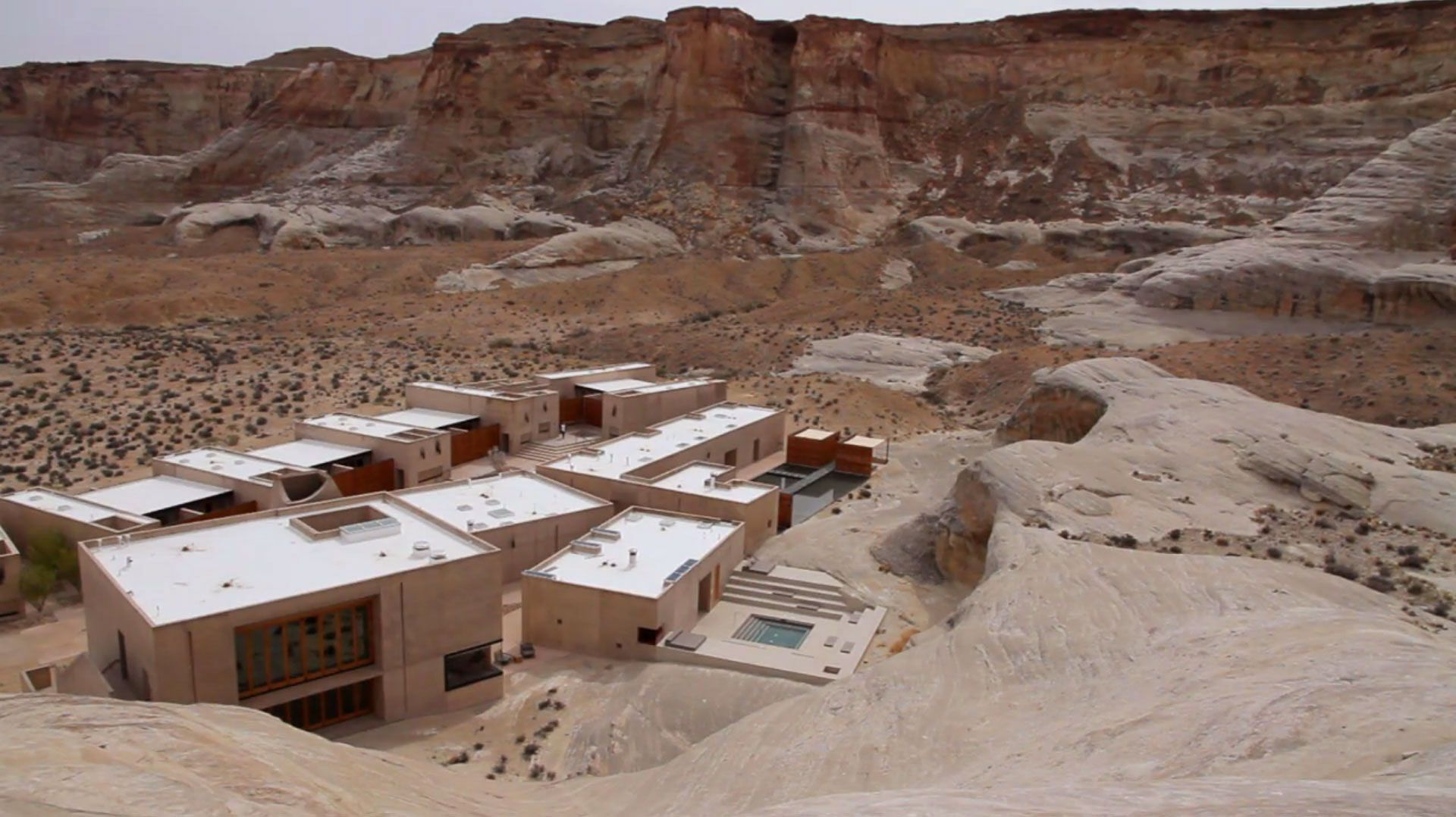 Amangiri-Luxury-Resort-Hotel-in-Canyon-Point-01-4