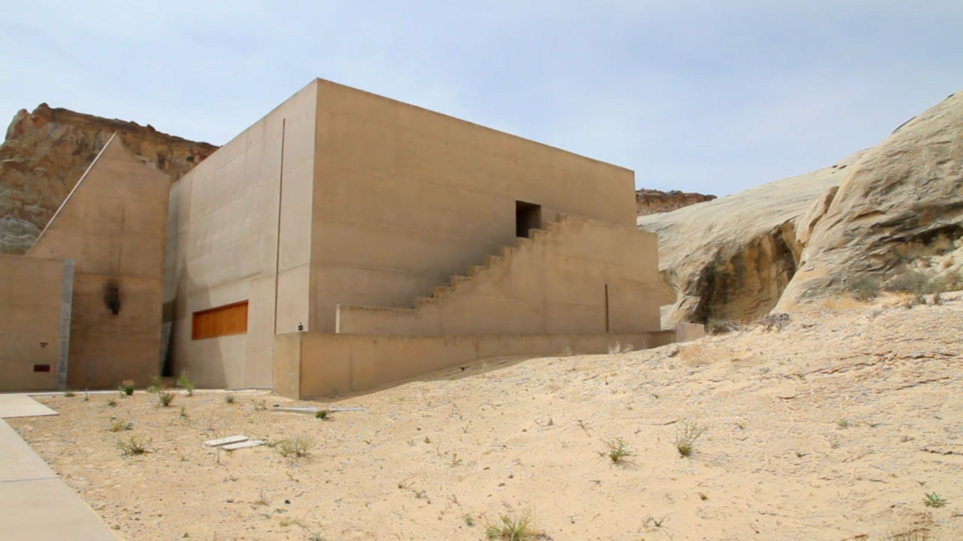 Amangiri-Luxury-Resort-Hotel-in-Canyon-Point-01-6