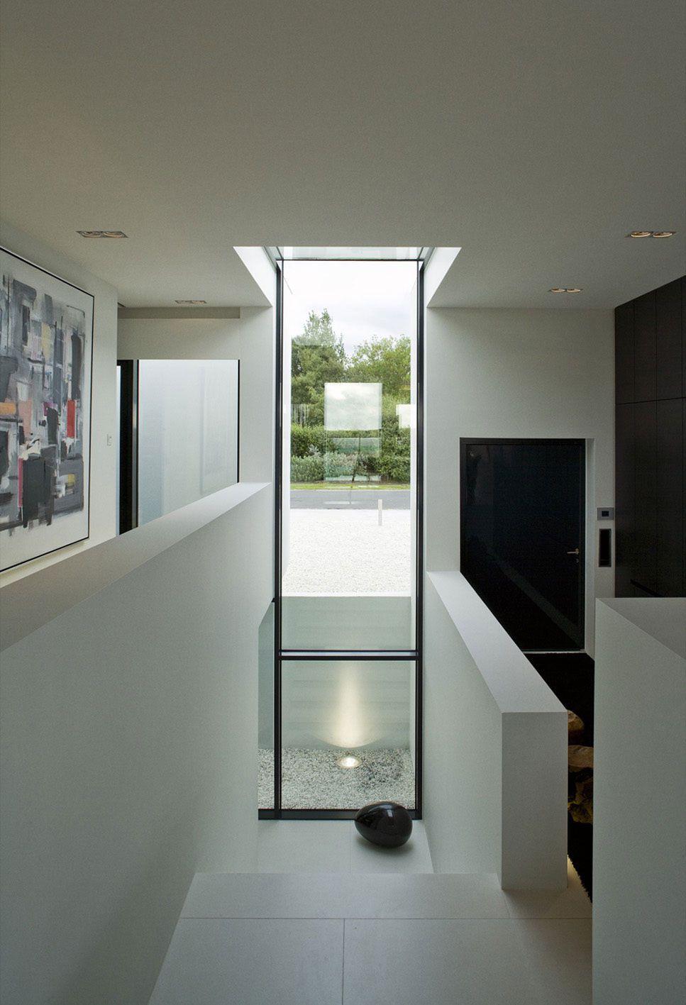 B25-House-12