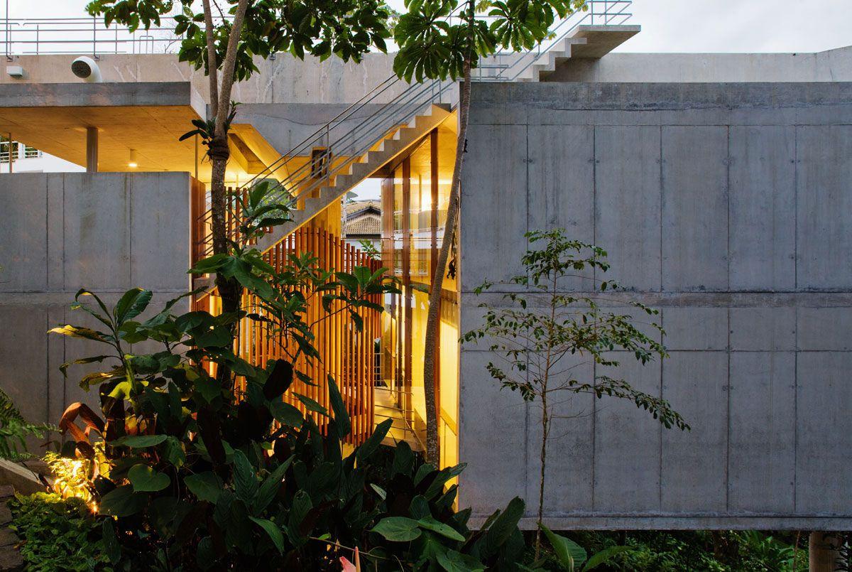 Beautiful-Concrete-House-in-Ubatuba-04