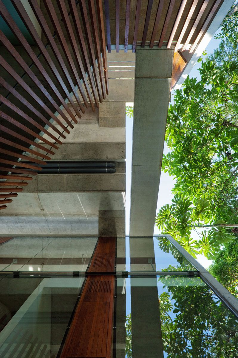 Beautiful-Concrete-House-in-Ubatuba-27