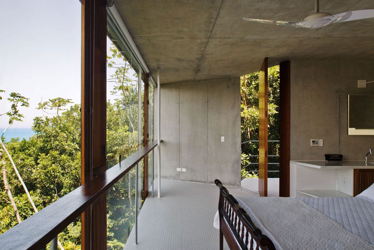 Beautiful-Concrete-House-in-Ubatuba-34-2