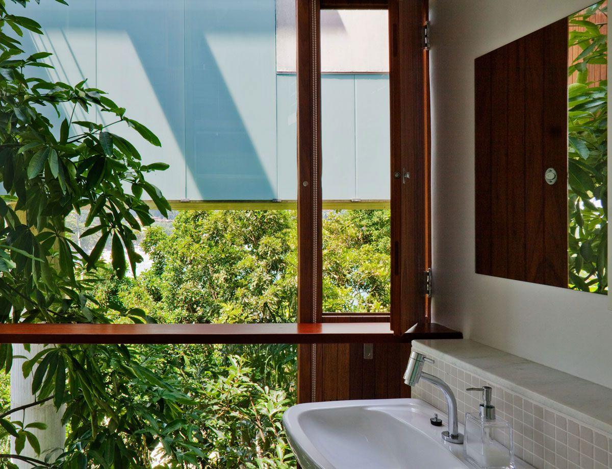 Beautiful-Concrete-House-in-Ubatuba-35