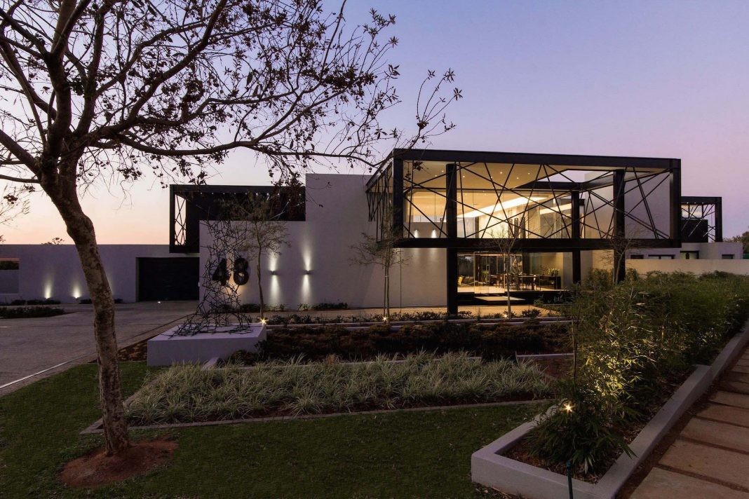 House Ber By Nico Van Der Meulen Architects And M Square Lifestyle . Nice Design