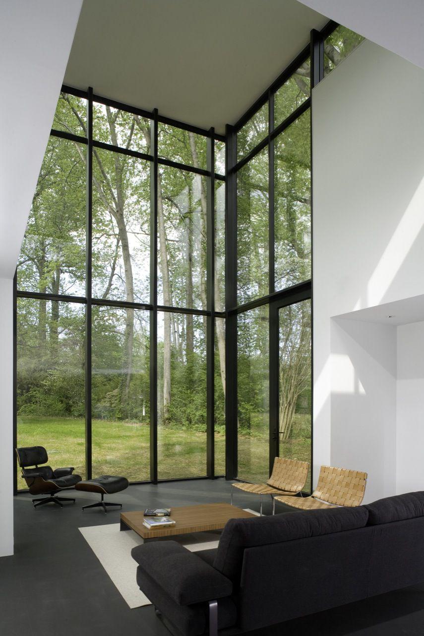BlackWhite-Modern-Residence-03