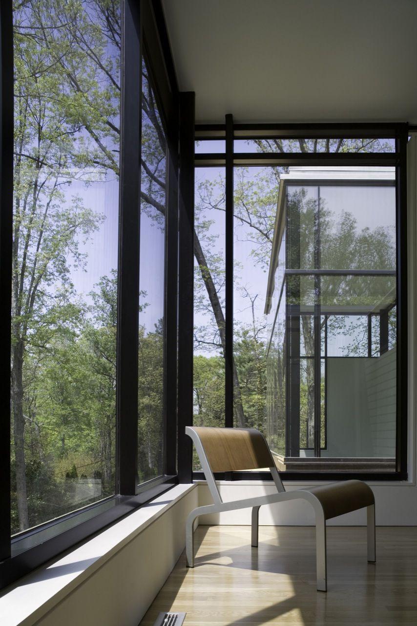 BlackWhite-Modern-Residence-15