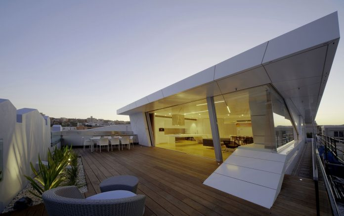 The Bondi Penthouse by Brian Meyerson Architects
