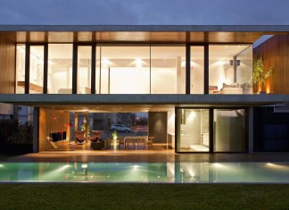 House FF by Fritz + Fritz Arquitectos