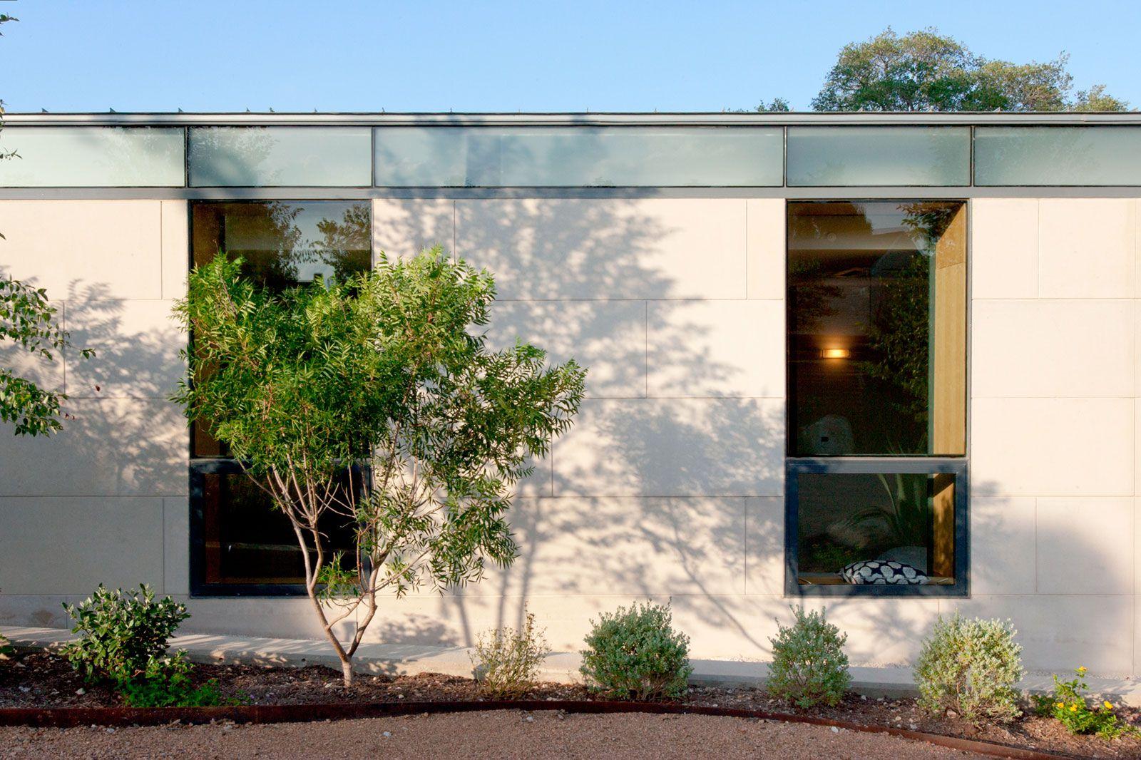 Cascading-Creek-House-04