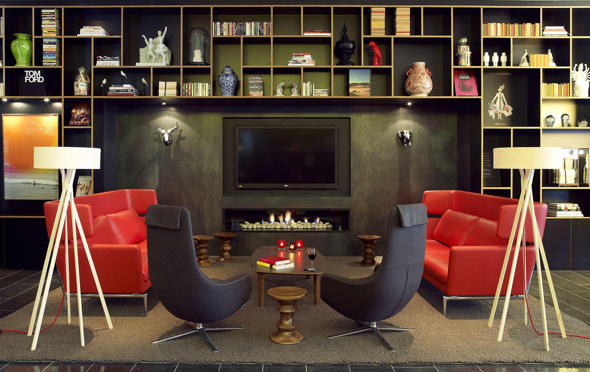 CitizenM_London_Bankside-livingroom 01